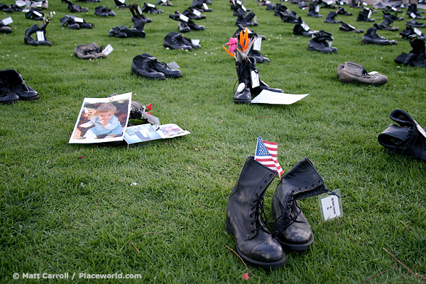combat boots representing American military deaths in Iraq War